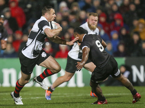 Tommy Bowe on the attack against Fiji