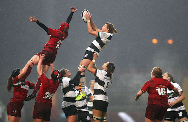 Lineout action from Barbarians v Munster